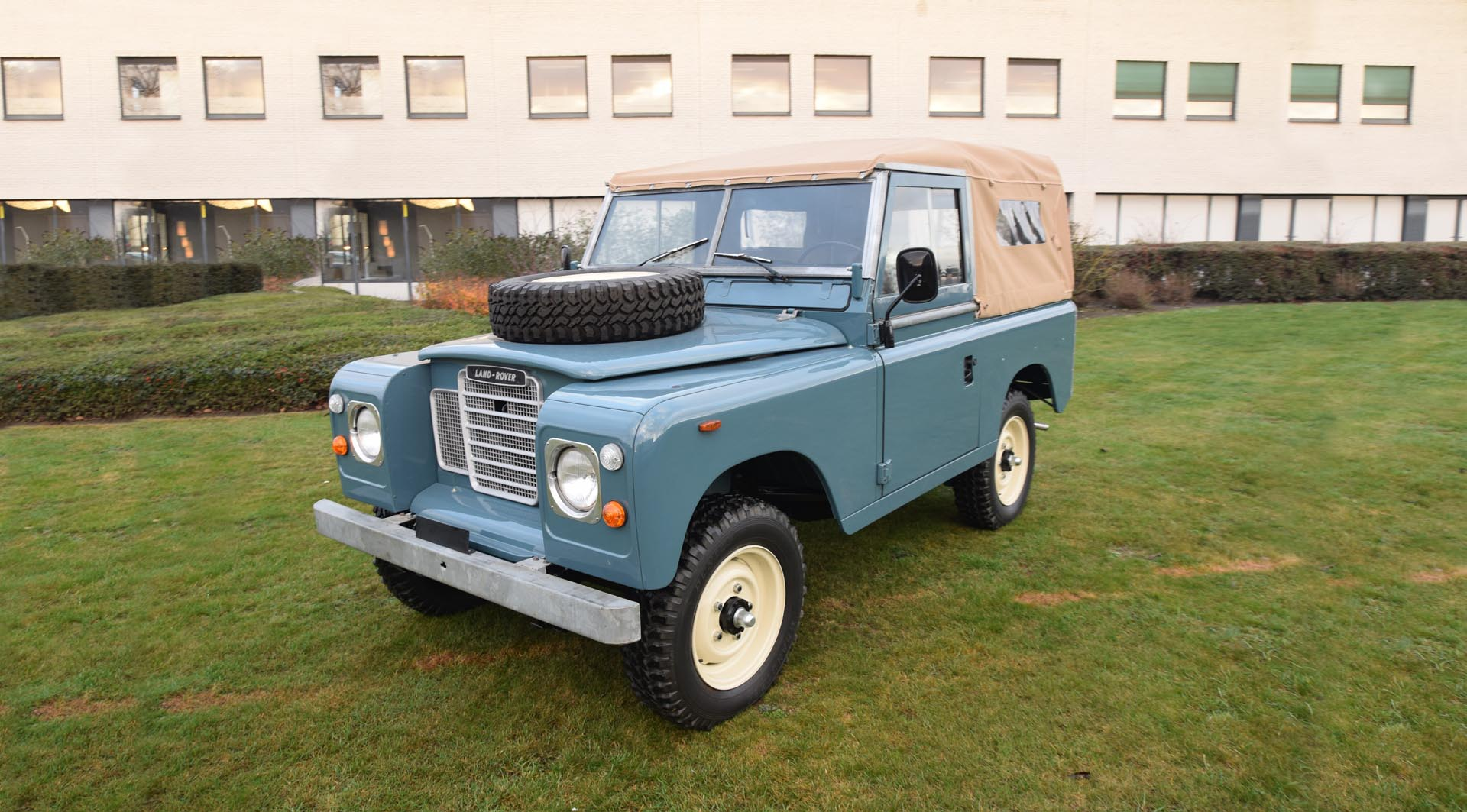 1981 Land Rover Series III 88 SWB