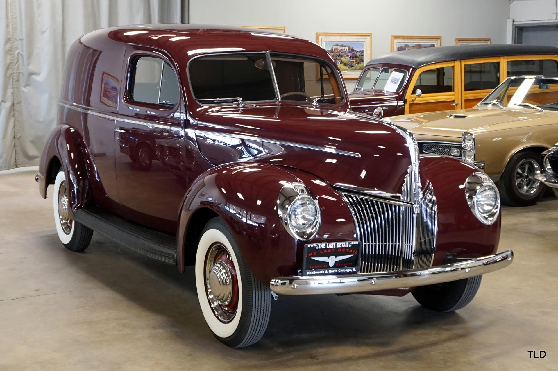 1941 Ford Deluxe Sedan Delivery