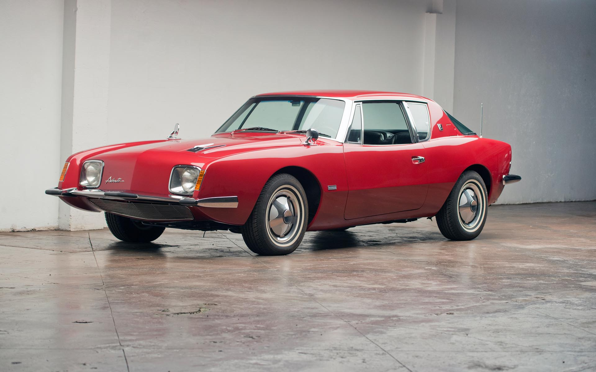 1964 Studebaker Avanti R2 Supercharged Coupe