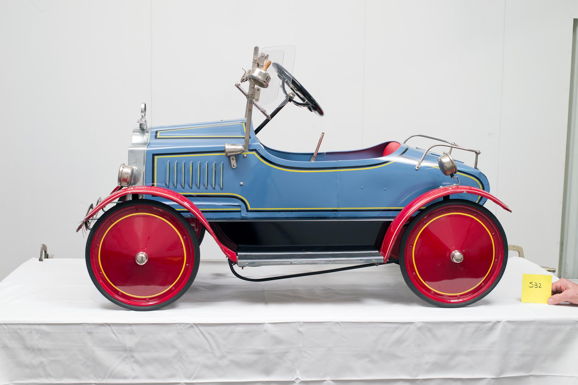 1922 Packard Six Roadster Pedal Car