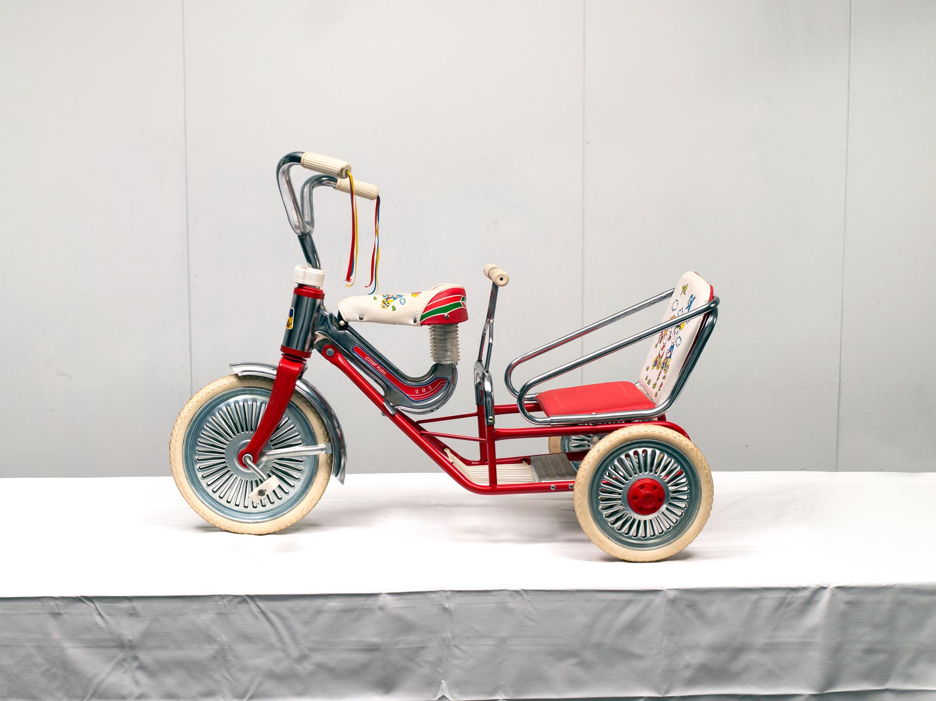 Coupe Rider Tricycle 202 Two-Seat Tandem
