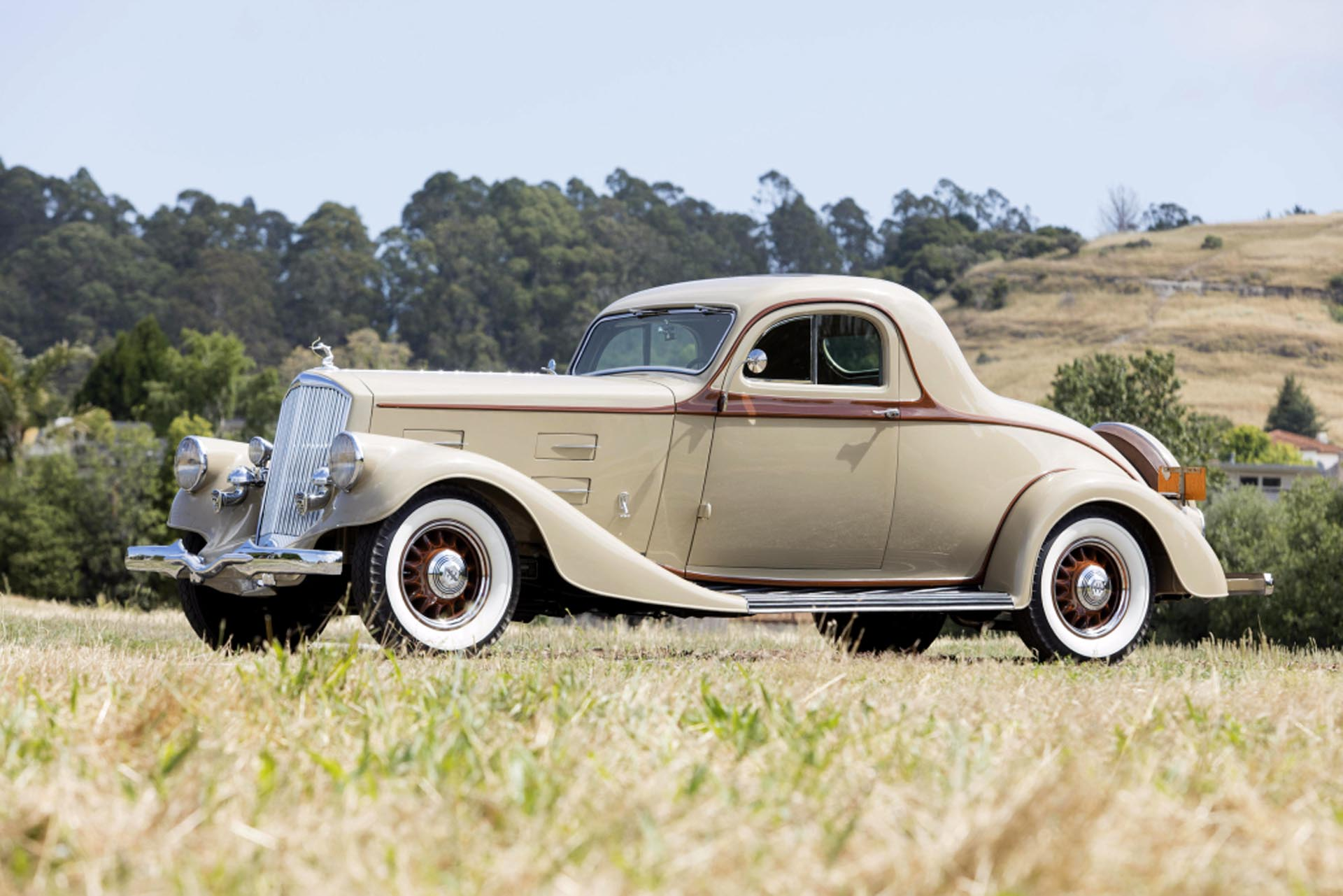 1934 Pierce-Arrow 840 A Coupe
