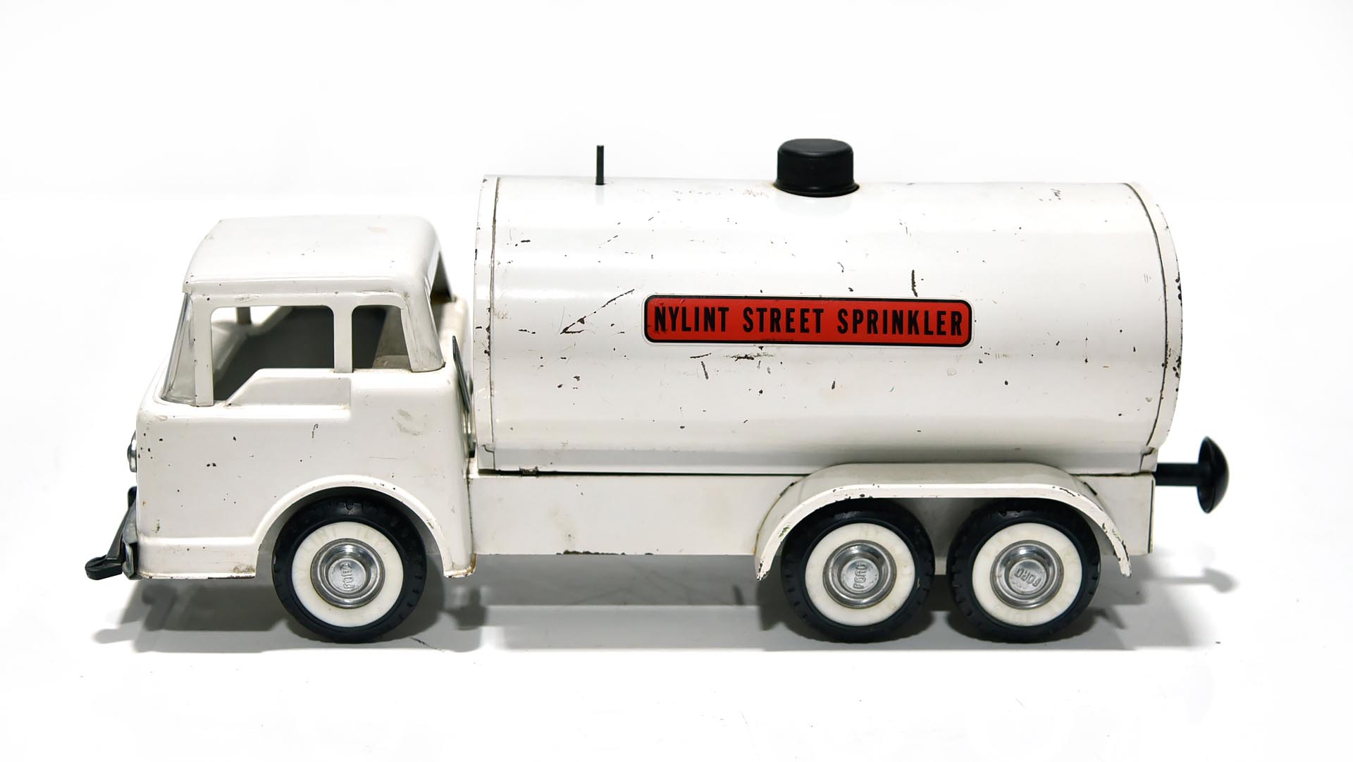 Nylint Street Sprinkler FORD Pressed Steel Toy Tanker Truck