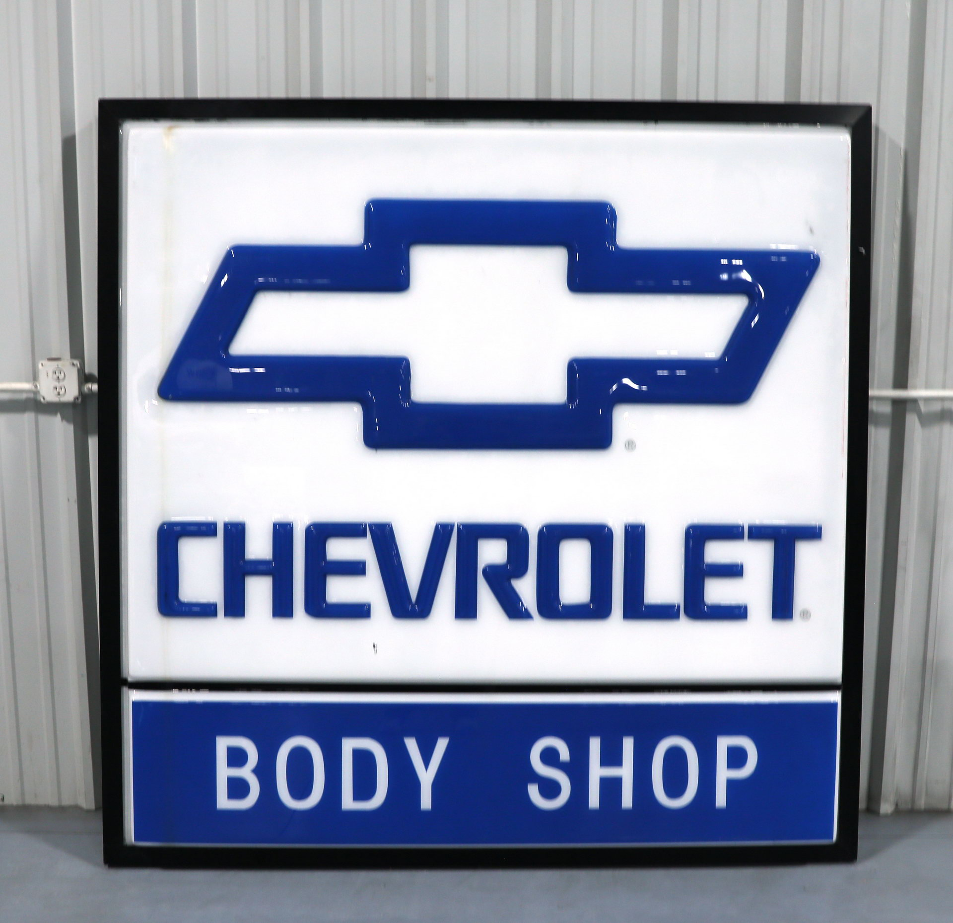 Chevrolet Body Shop Lighted Plastic Sign