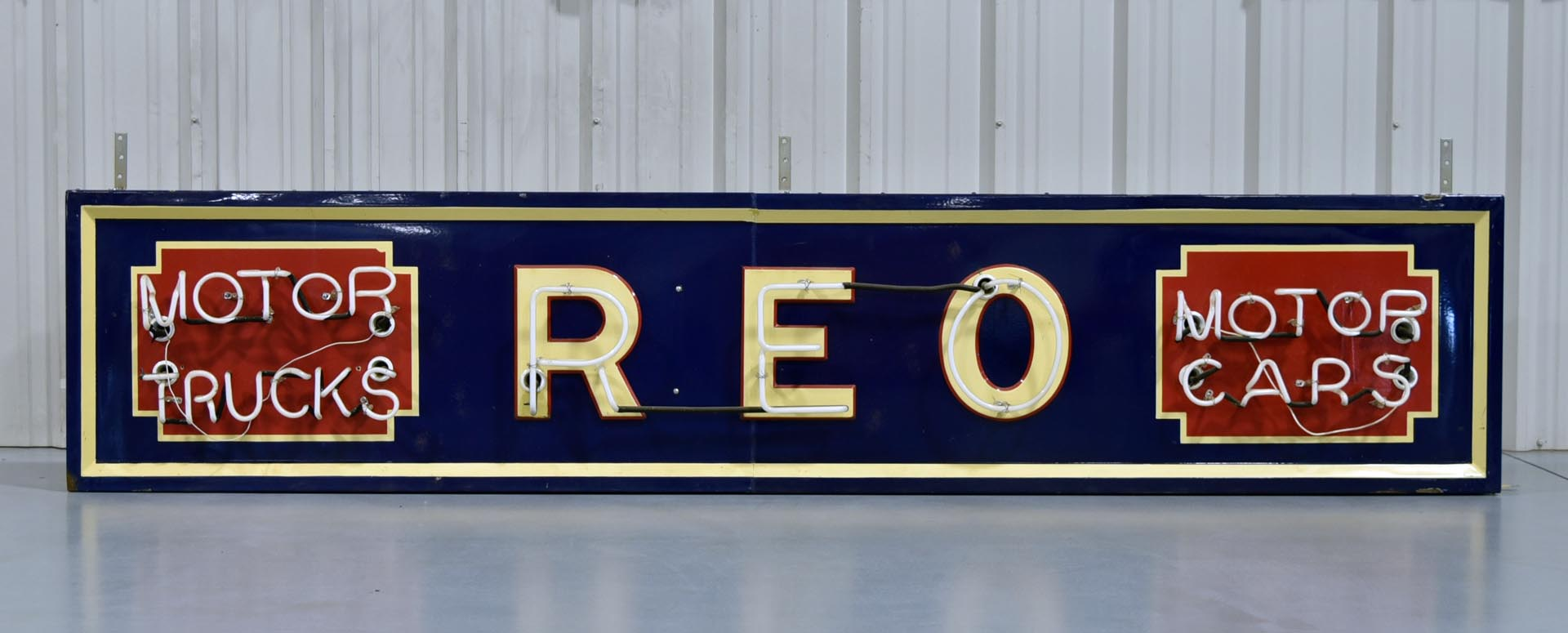 REO Automobile Motor Cars & Trucks Porcelain Neon Can Sign