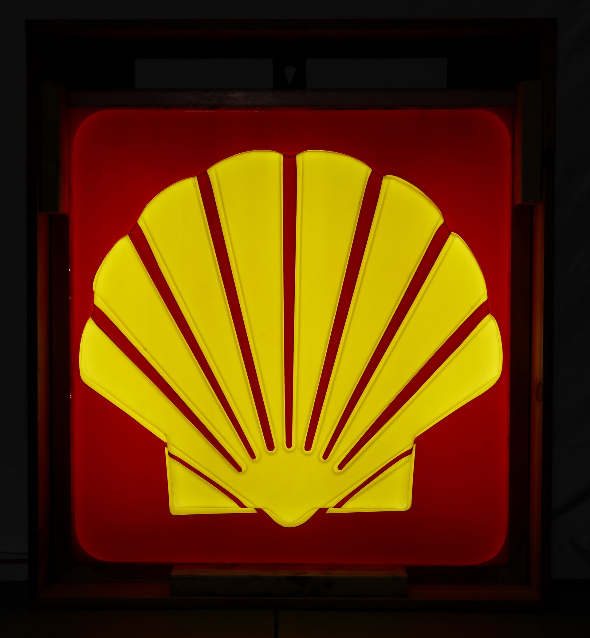 Shell Lighted Plastic Gas Station Can Sign
