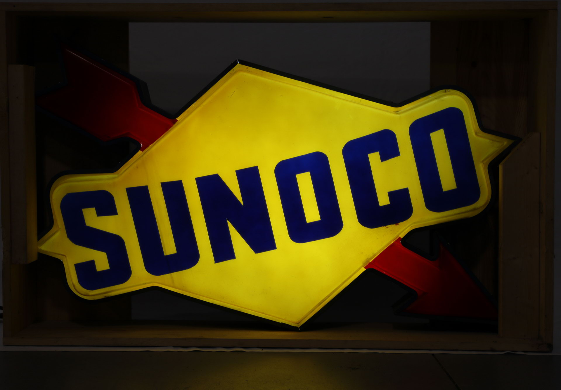 Sunoco Arrow Lighted Plastic Gas Station Can Sign