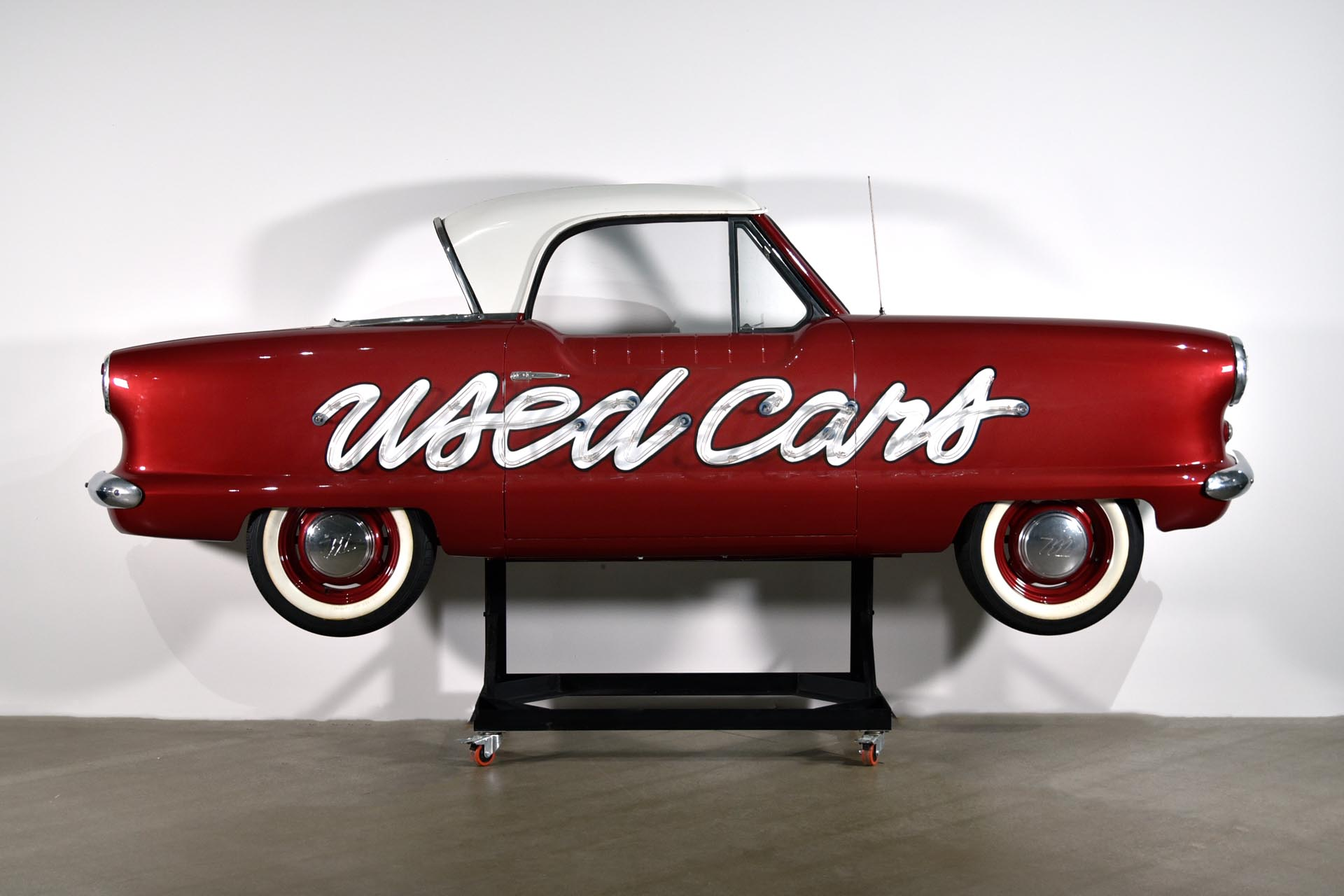 Custom Metropolitan Side of Car USED CARS Neon Sign with Stand or Wall Mount