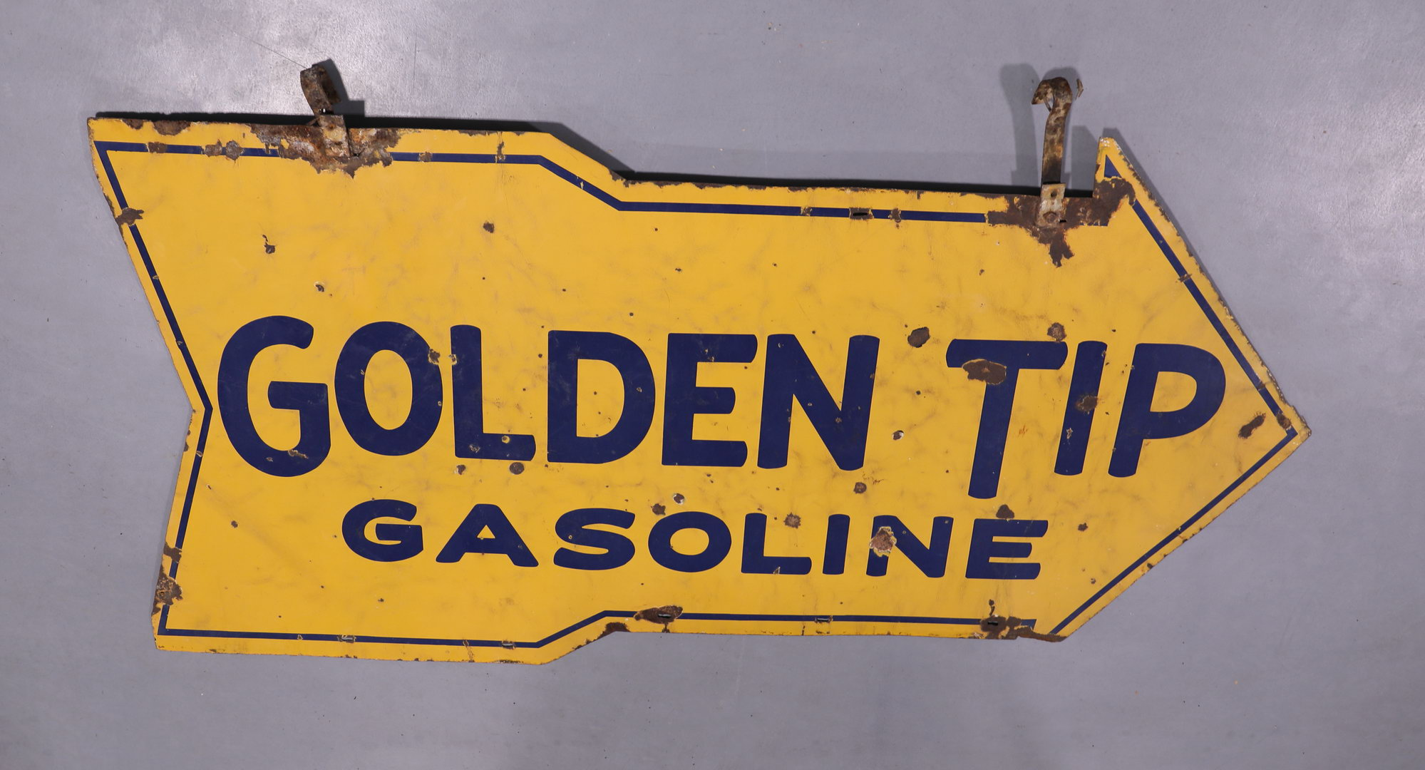 Rare Golden Tip DSP Porcelain Arrow Gas Station Sign with Hangers