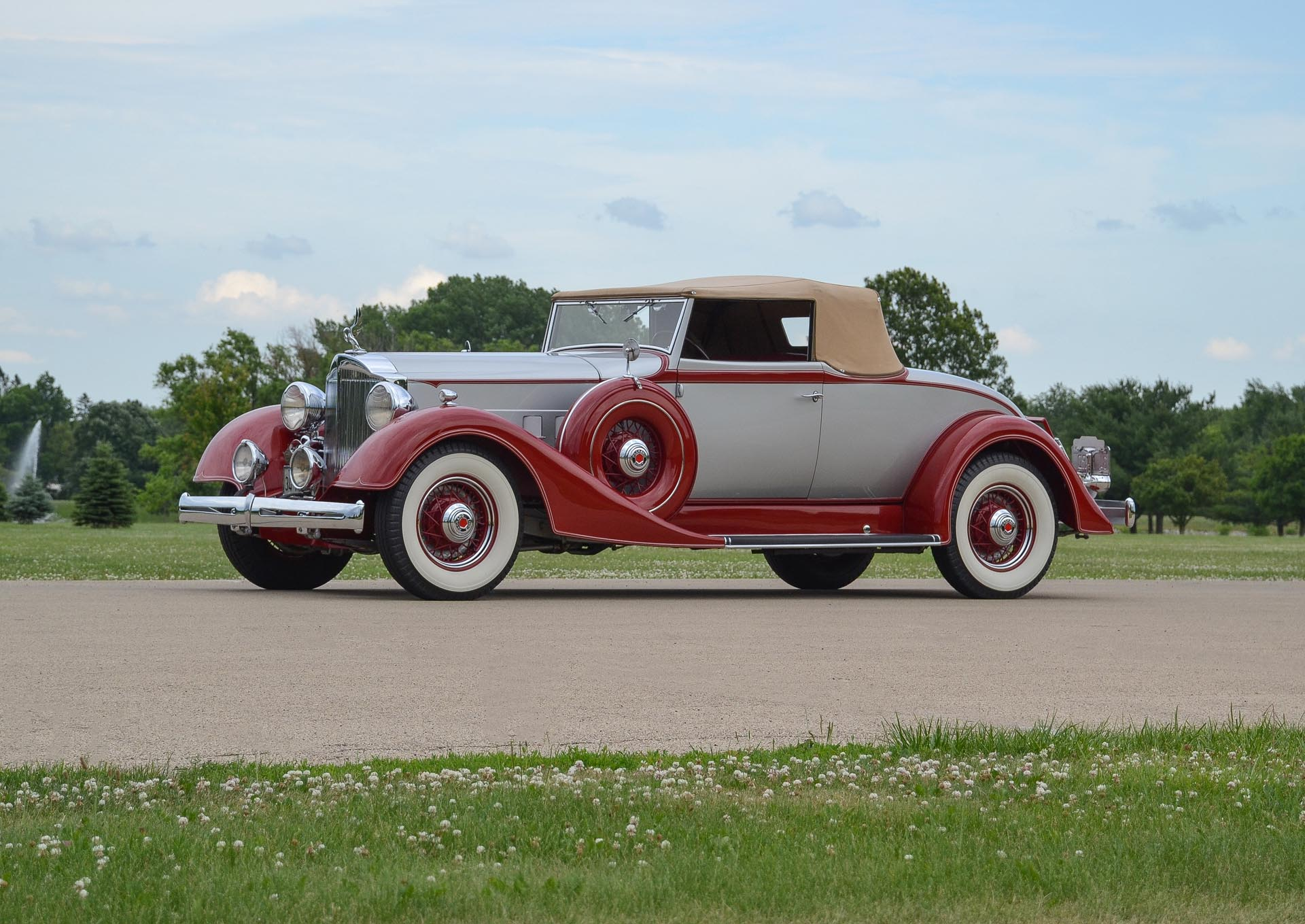 1934 Packard 1101 Coupe Roadster