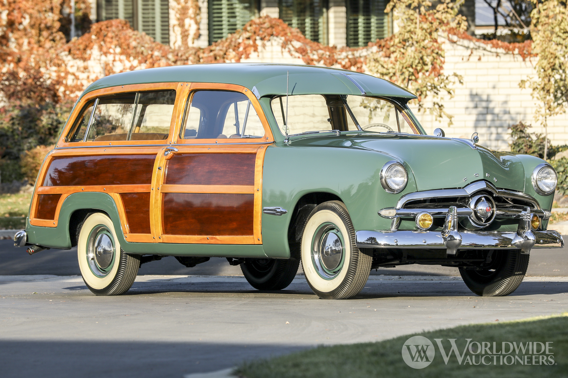 1949 Ford Custom Station Wagon