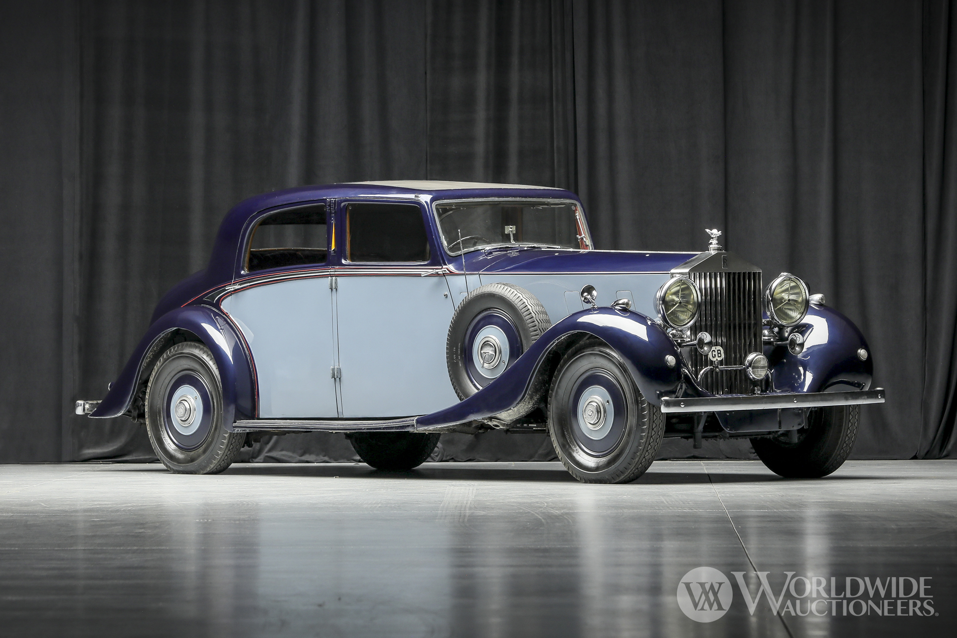 1937 Rolls-Royce Phantom III Saloon