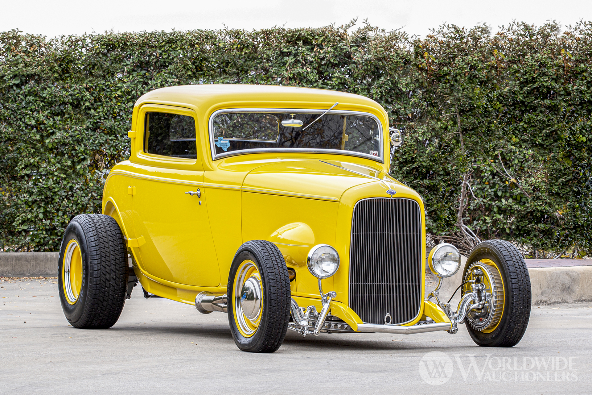 1932 Ford Model 18 Deuce Coupe Street Rod