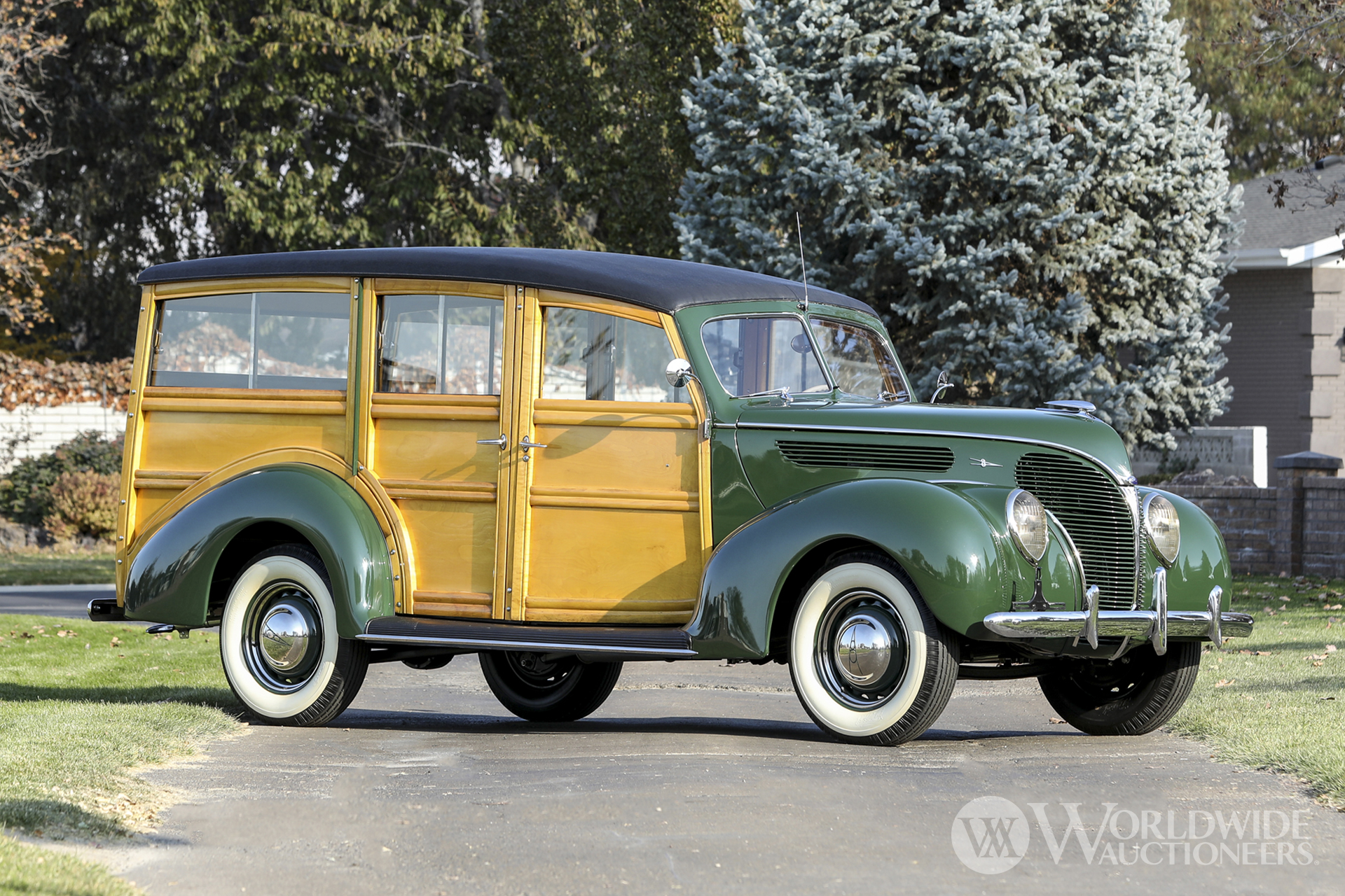 1938 Ford Model 81 DeLuxe Station Wagon