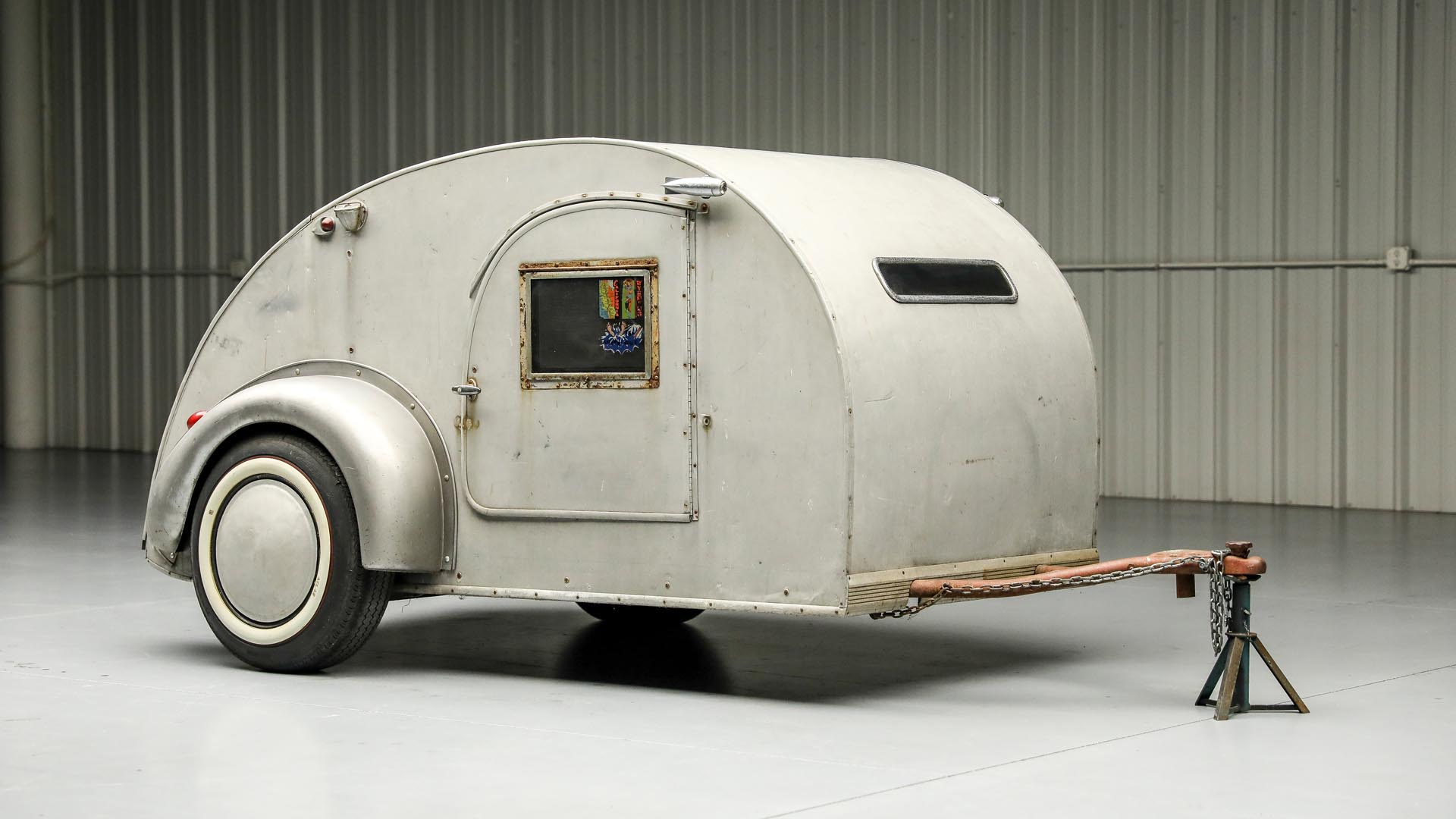 1947 Kit Mfg.  Teardrop Trailer