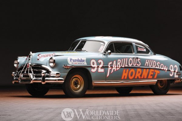 1952 Hudson Hornet 6 'Twin H-Power' Fabulous Hudson Hornet NASCAR Herb Thomas